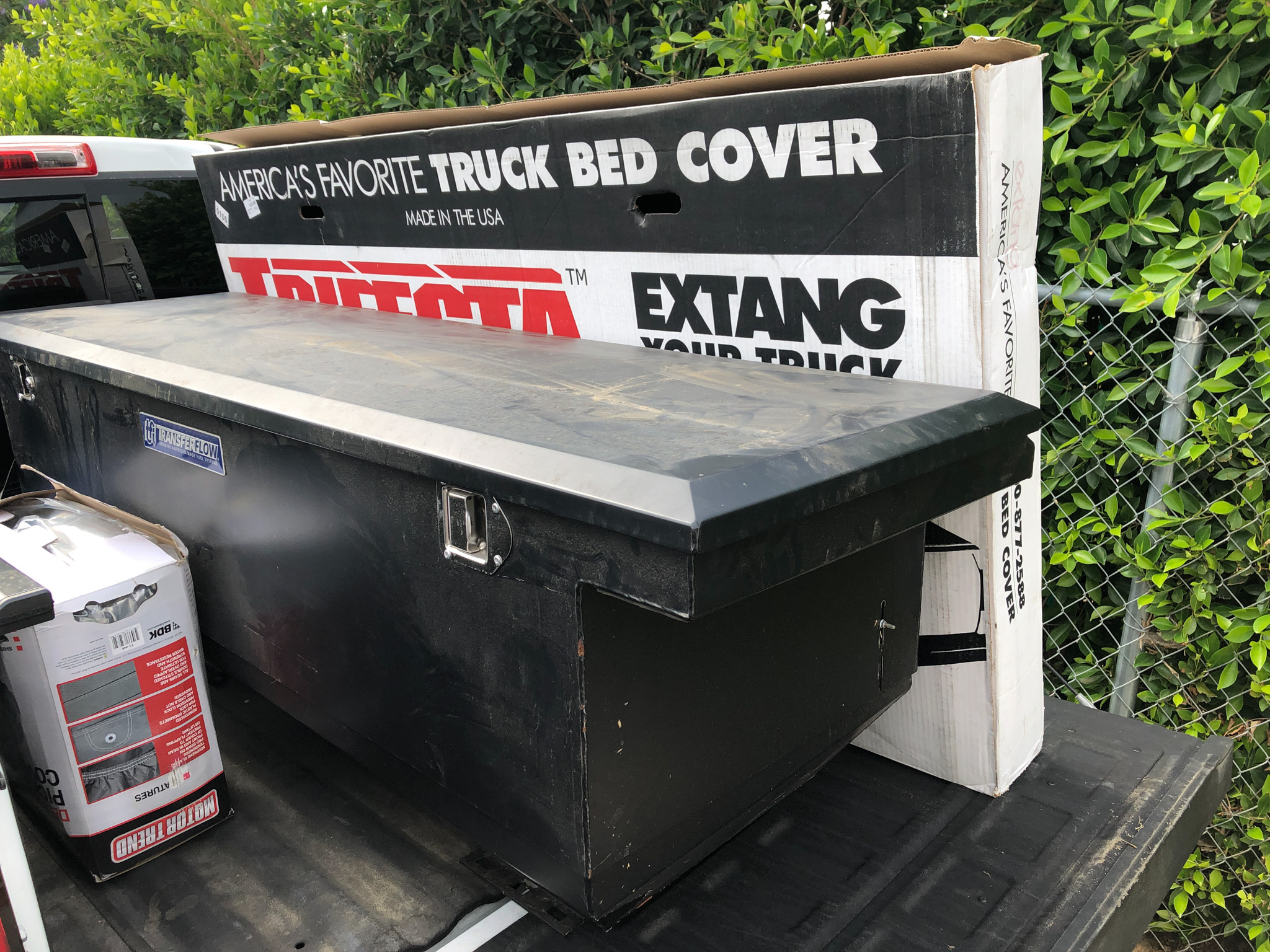 Project BluMajik Ford F-350: Installing The Tool Box And Tonneau Cover
