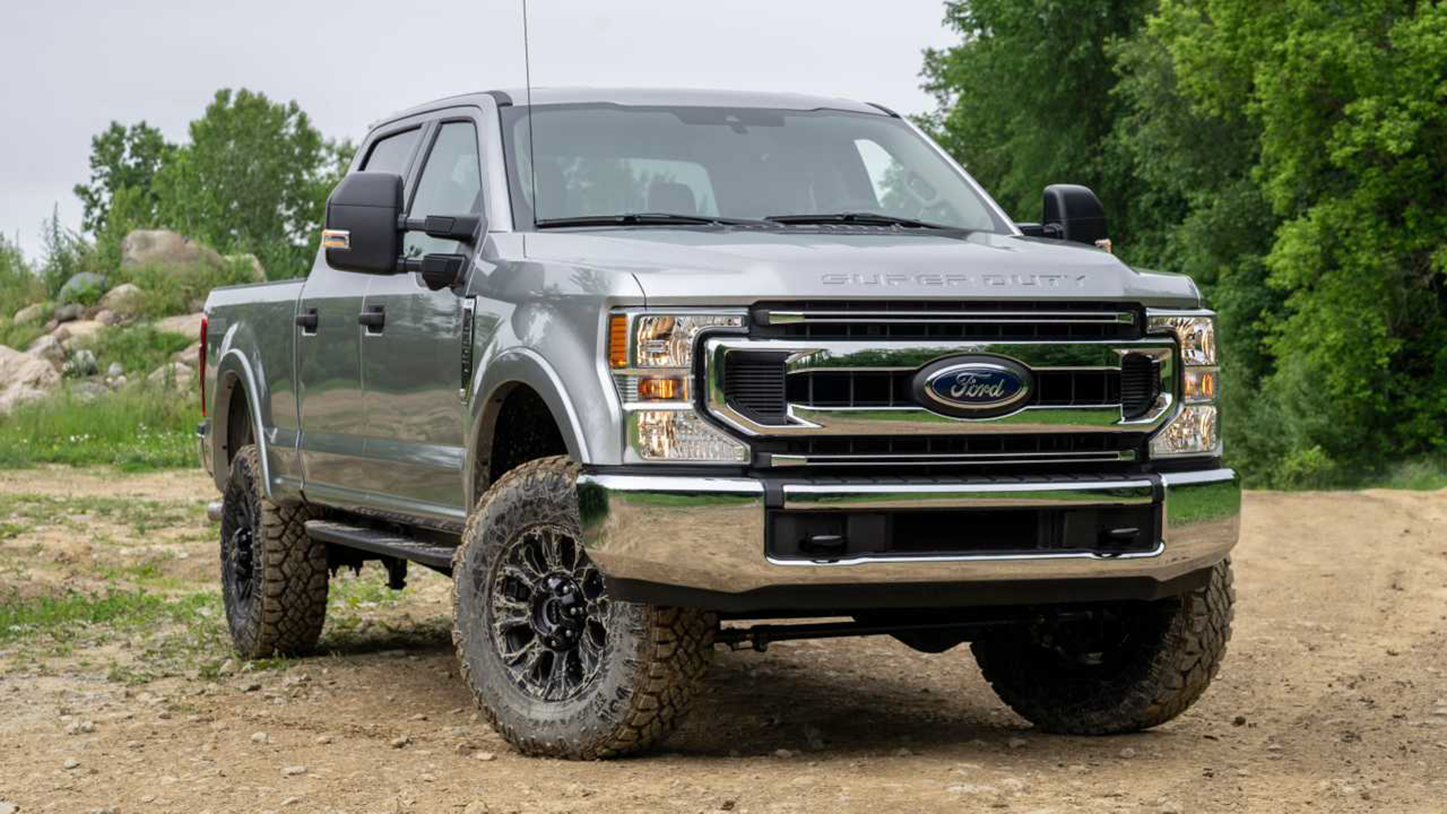 Chip Shortage Forces Ford to Drop 2022 Super Duty XLT Tremor Package